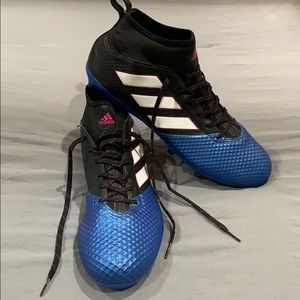 Men's Adidas soccer shoes